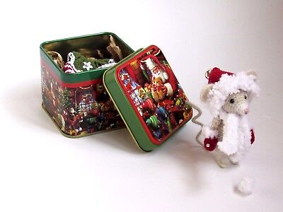 Holiday Christmas Artist Miniature collectible crochet mouse with outfit 3 in