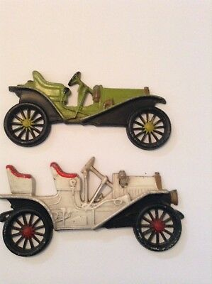 VINTAGE CAST IRON ANTIQUE 1909 and 1910 CAR WALL HANGING DECORATION, by Midwest.