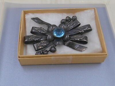 Art Deco STERLING SILVER SIGNED BIG HOBE COLLECTABLE BROOCH $1 no reserve