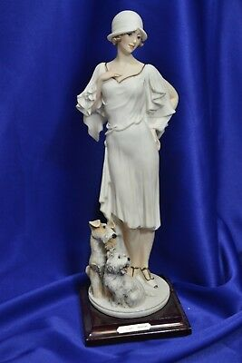 "Florence Giuseppe Armani Priscilla Sculpture 12"" Woman and Dogs 0690 G"