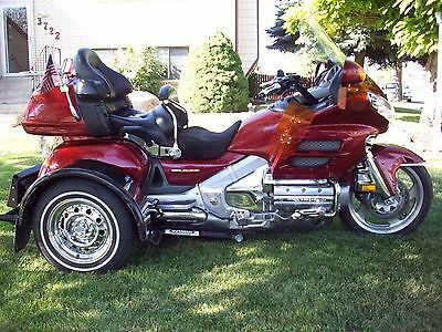 2002 Honda Gold Wing  02 HONDA GOLDWING GL1800W/VOYAGER TRIKE KIT AND ELEC SHIFT, 10K MILES, EXCELLENT