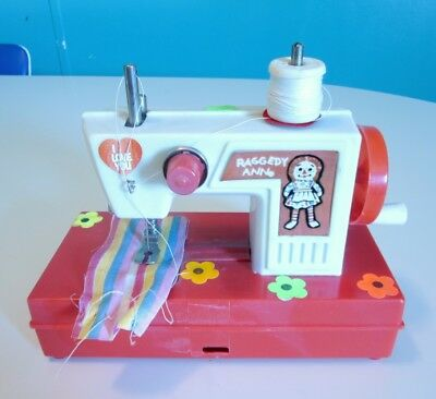 Vintage Toy Childs Sewing Machine Raggedy Ann miniature collectible '75 - '77 s