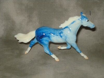 Breyer CM Glossy Decorator Cloudy Blue Sky Marble Standarbred Stablemate