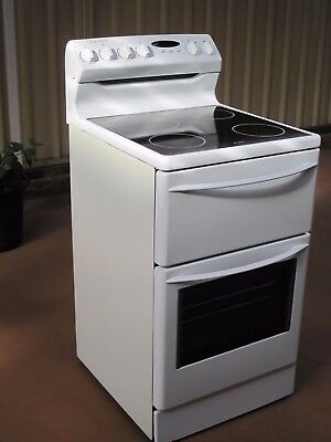 Urgent Sale! Westinghouse freestanding oven ceramic top with separate grill 55cm