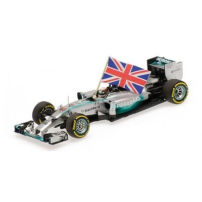Minichamps 1:43 2014 Lewis Hamilton +Flag World Champion Abu Dhabi GP 410140544