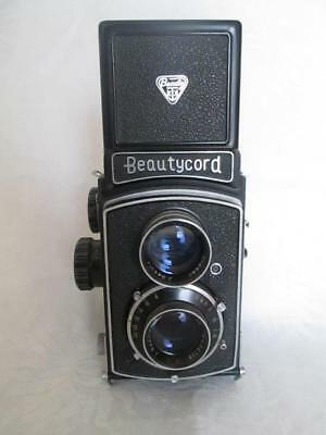 Beautycord S TLR Camera, 80mm 3.5 Lens by Taiyodo Japan c1955