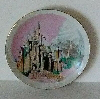 Vintage Disneyland 4 inch decorative glass plate & VINTAGE Disneyland 4 inch decorative glass plate - $2.99 | PicClick