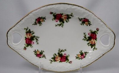 ROYAL ALBERT OLD COUNTRY ROSES Oval Tray w/ Heart shaped Handles