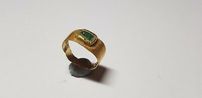 Roman Gold Ring with Square Shaped Intaglio   1st, 2nd century AD