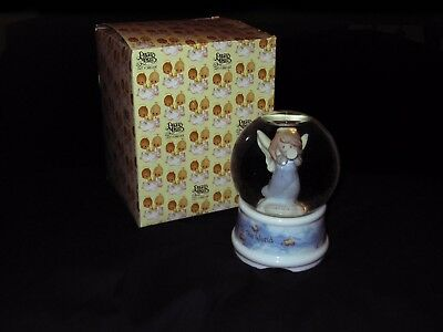 Christmas Joy To The World Precious Moments Angel Snow Globe Musical By Enesco