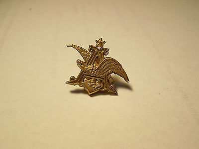 New 1970's Anheuser Busch Official Product GOLD Eagle Emblem Lapel Hat Pin