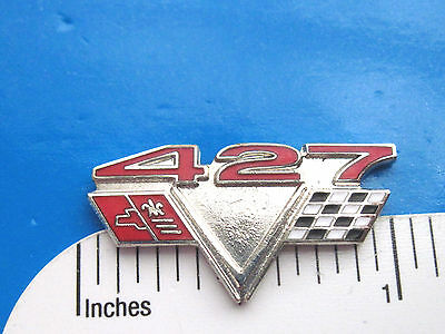 427  Chevy  flags  engine - hat pin , lapel pin , tie tack , hatpin GIFT BOXED