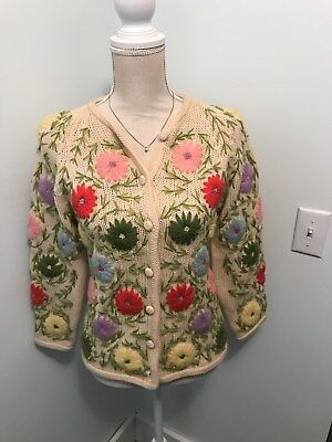 Vintage Wool ATKINS SWEATER Cream DECORATED w/ Large EMBROIDERED FLOWERS Size M