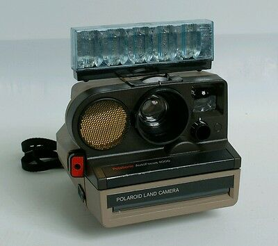 Polaroid land camera Polasonic Auto Focus 4000 SX-70 camera! +  flash bar! Rare!