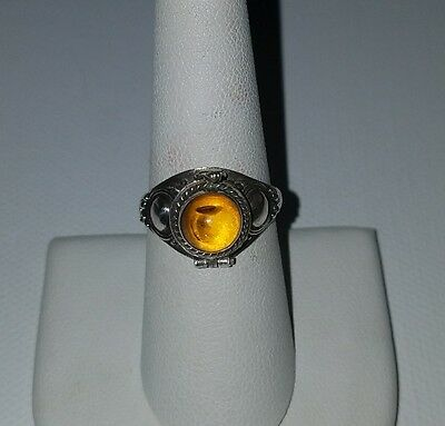 Vintage Sterling Silver And Amber Posion Ring Size 8