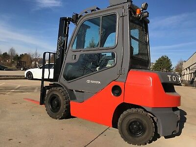 2013 Toyota 5000 Pound Forklift-WE WILL SHIP!Diesel-Pneumatic-CAB-Sideshift-L@@k