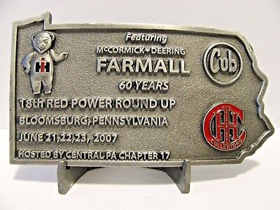 IH International Farmall CUB Tractor Belt Buckle 2007 Red Power Round Up PA IHCC