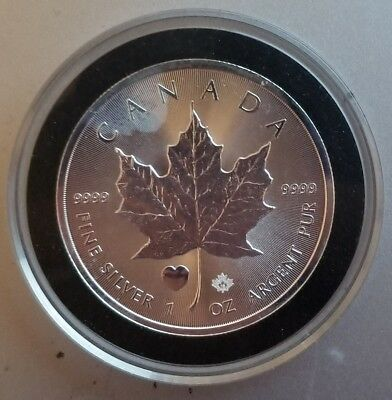 2015 Canadian silver maple leaf heart privy