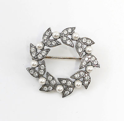 925 Silver Floral Brooch with Swarovski Stones & synth. Pearls a8-01519