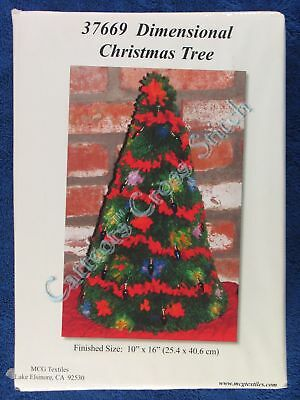 "Latch Hook Kit Dimensional Christmas Tree 16"" x 10"" Centrepiece MCG Textiles"