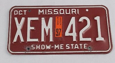 Vintage State Of Missouri Mo 1997 License Plate Xem-421 Show Me State 97 Red