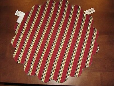 Longaberger Quilted Table Topper Round Placemat Scallop Edge HOLIDAY Stripe