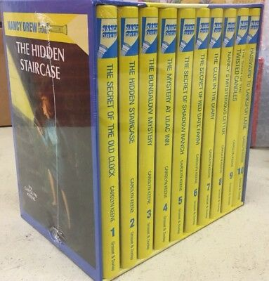 New Nancy Drew Mystery Collection: 1-10 Book Box Set by Carolyn Keene Hardback