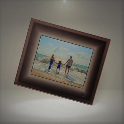 Aura Digital Photo Frame - Beautifully Designed, With Super Easy To Use Connecte