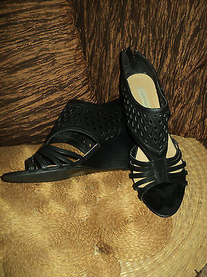 Court Couture Black Cut Out Detail Zip Up Back Heels - Size 7.5 1/2 Petite 8