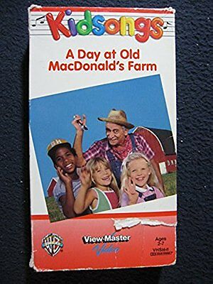 Kidsongs: A Day At Old MacDonald's Farm [VHS] [VHS Tape] [1985]