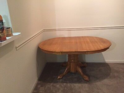 Solid Oak Pedestal Dining Room Table w/ chairs