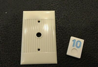 1 Ivory Vtg Bakelite ? Ribbed Deco Single Gang Sierra TV Phone Plate Cover BB10