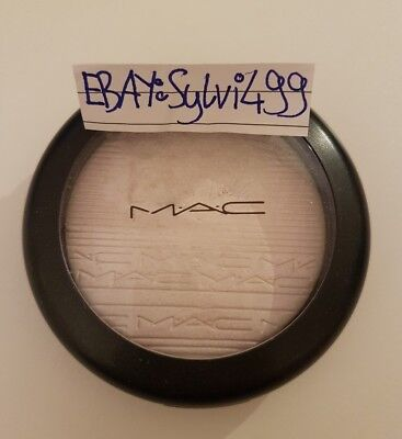 Mac Extra Dimension Skinfinish Soft Frost Highlighter Must Have Blogger Glow