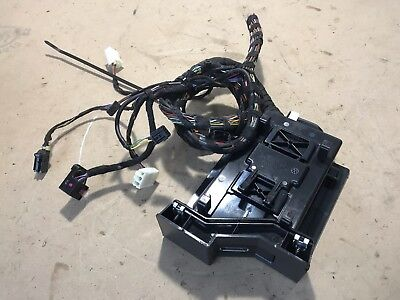 2011 - 2016 volkswagen jetta mk6 phone charging box module with wire harness  oem