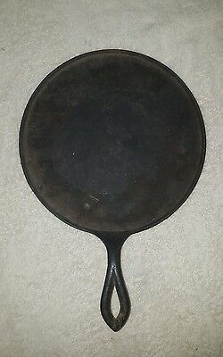 "Antique #7 Cast Iron Round Griddle High Pointed Fancy Handle Heat Ring 9"" Wide"