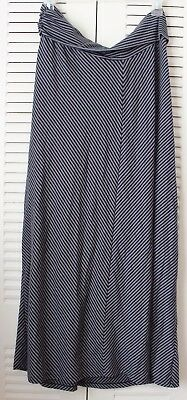 Grey and Black Old Navy Maternity Skirt for women in size medium