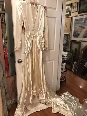 Vintage 1940's Liquid Satin Champagne Pearl Candlelight Long Sleeve Wedding Gown
