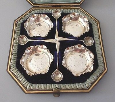 Cased set 4 antique silver plate salts & spoons, John Grinsell & Sons, c.1900