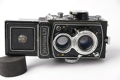 Yashica LM 120MM TLR Film camera Yashikor 80mm 1:3.5 LENS  As Is/ Repair/ Parts