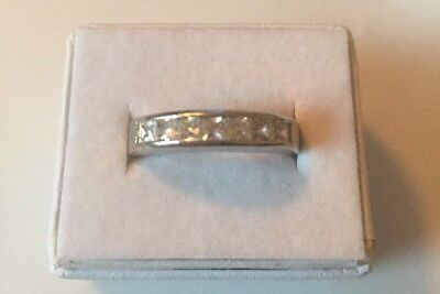 Stunning Vintage Estate Jewelry Ring Size 10 Silver Tone Shiny Stones  Band