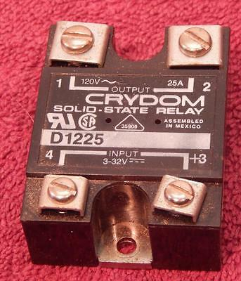 Two (2 Each) Crydom D1255 Solid State Relay Input 3-32Vdc Controls 120Vac 20Amps