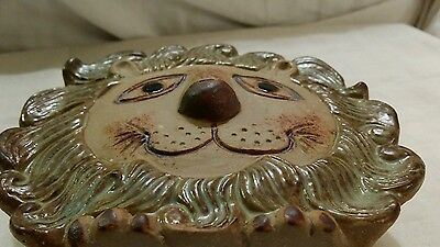 CERAMIC WALL POCKET - whimsical smiling LION