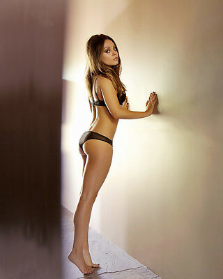 MILA KUNIS  8X10 & Other Size & Paper Type  PHOTO PICTURE mk135