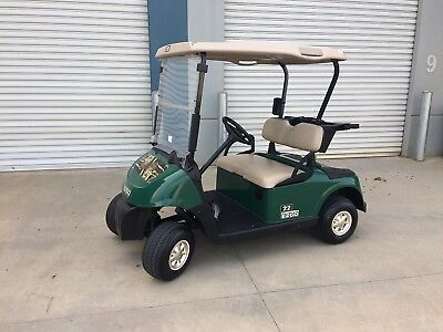 Ezgo Golf Cart In  Great Condition / Good Batteries / Charger Inc / 2010 Year.