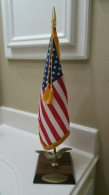 United States of America Embassy Desk Flag +FREE GIFT