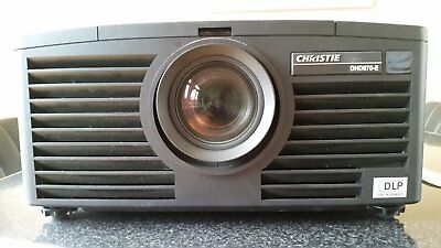 Christie beamer projector DHD670-E with lens, 2 lamps (145 h) 5800 lumen, hdmi