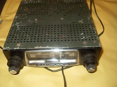 Vintage Radiomobile 50T Car Radio - Made In England - As Photo's