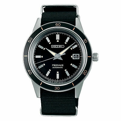 Swatch SISTEM CHIC SUTB402 White Dial Black Silicone Automatic Unisex Watch