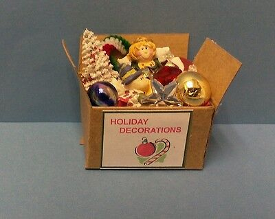 Dollhouse Miniatures Handcrafted Box Christmas Holiday Decorations 1:12 scale