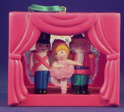 Avon The Nutcracker Storybook Classic Light-up Ornament